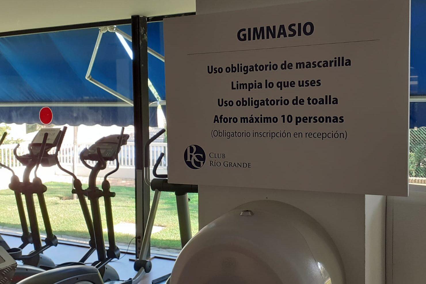 Aviso de las condiciones de uso del gimnasio de Río Grande