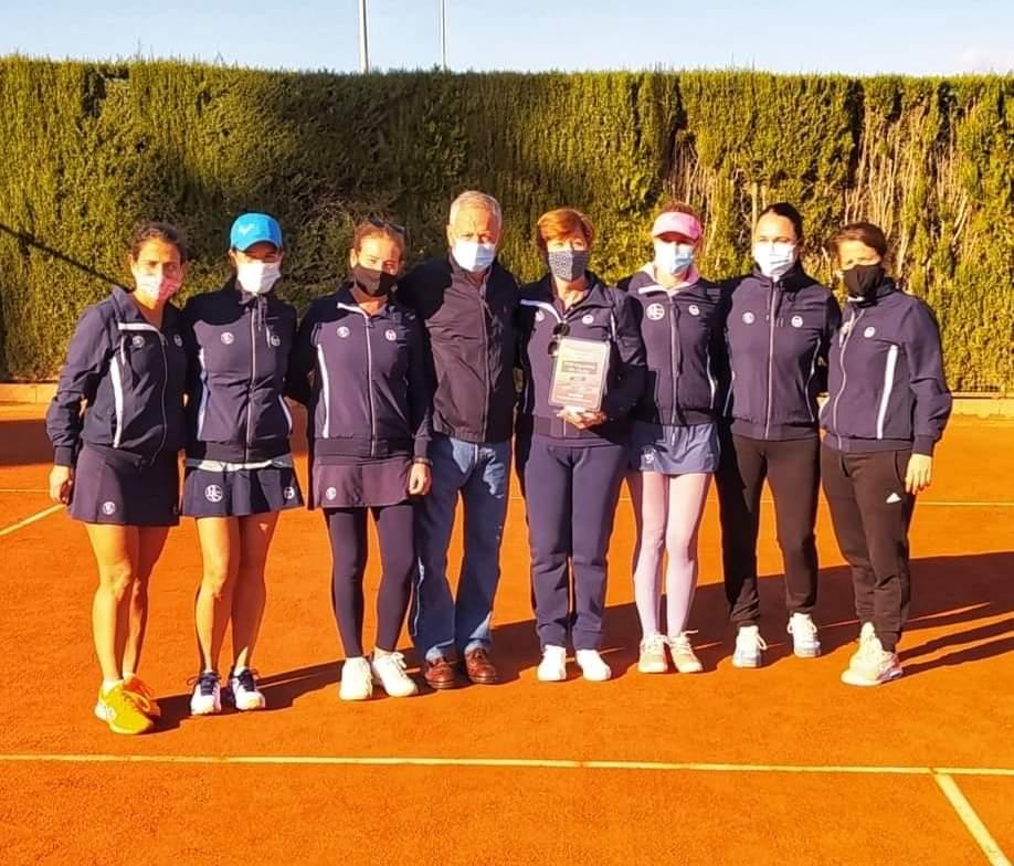 El equipo de Río Grande campeón de Andalucía de veteranas